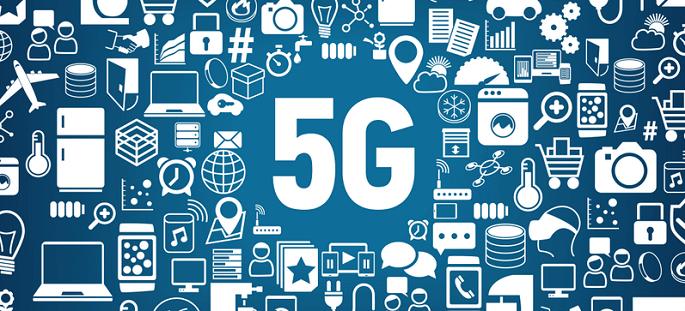 5G 네트워크는 4G보다 넓은 주파수 대역을 사용하기 때문에 통신기지국 반경 1km 이내에서 100만개의 다양한 기기들이 동시에 접속이 가능하다는 관련 이미지